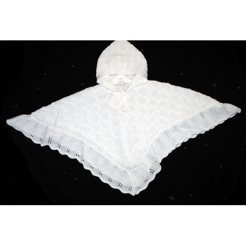 White HOODED CAPE           a1540
